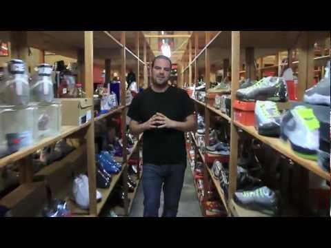 ShoeZeum Guided Tour: 2,000 Pairs in 11 Minutes