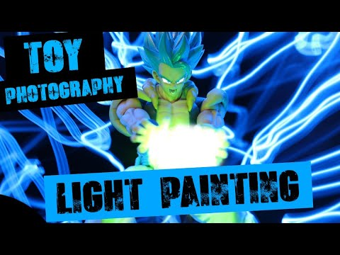Toy Photography: Light Painting Tutorial