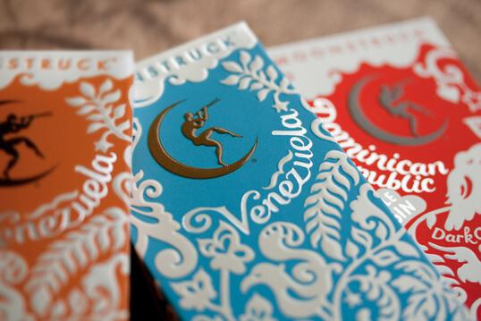 Empaques de chocolates elegantes