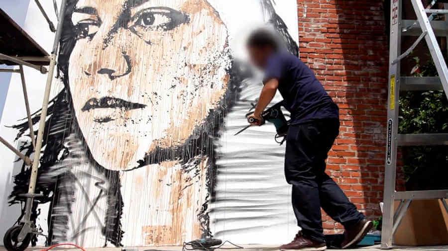 mural y destrucción