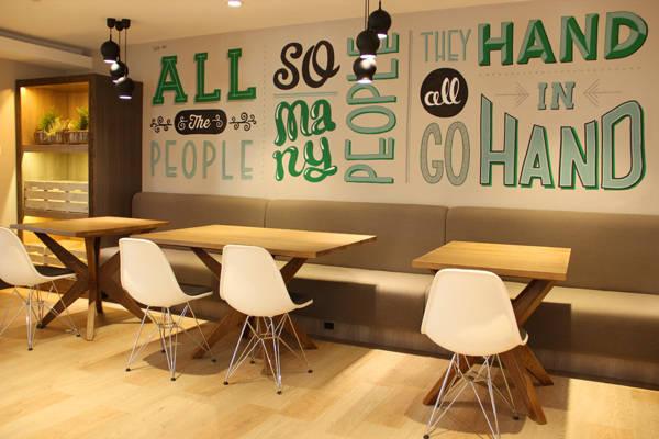murales hechos con tipografías
