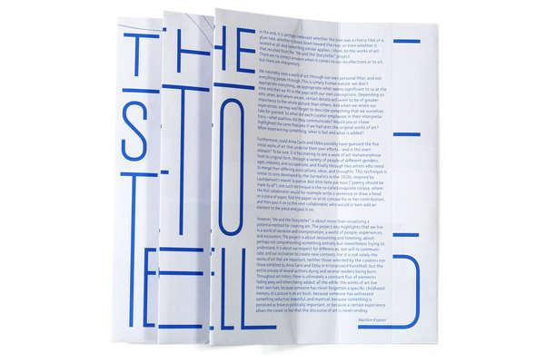 un folleto con mensaje oculto