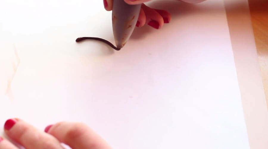 Letras hechas con chocolates