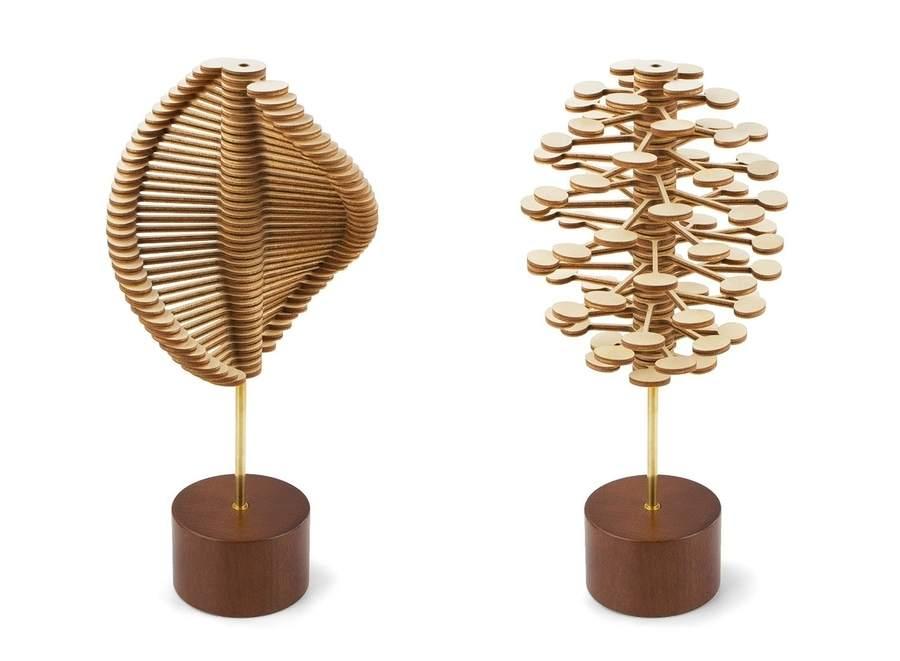 escultura interactiva helicone