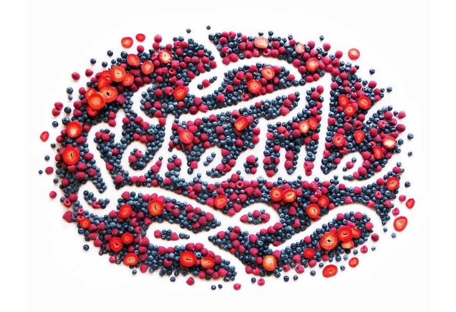 lettering hecho con alimentos