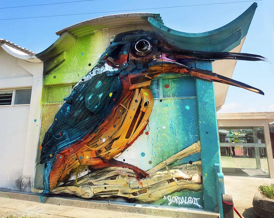 murales hechos con basura