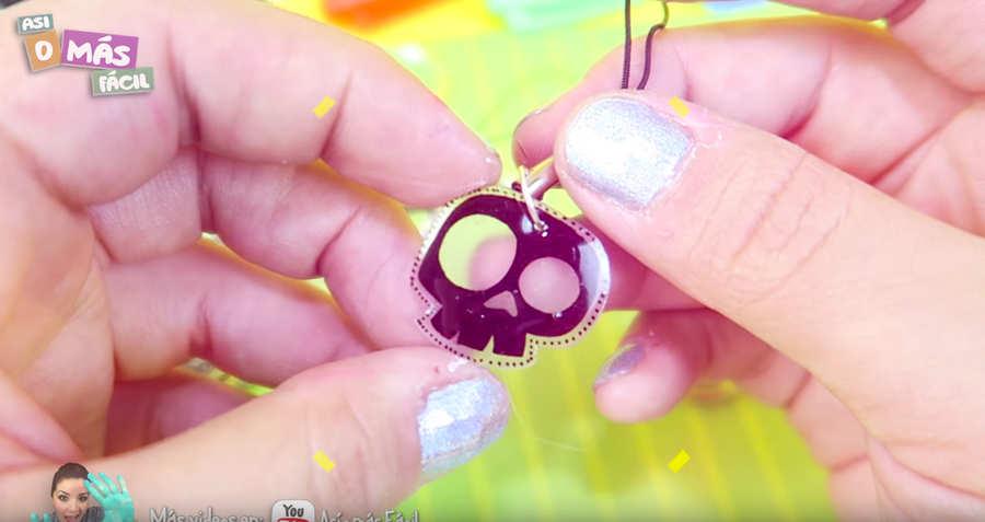 cómo hacer llaveros de plástico encogible