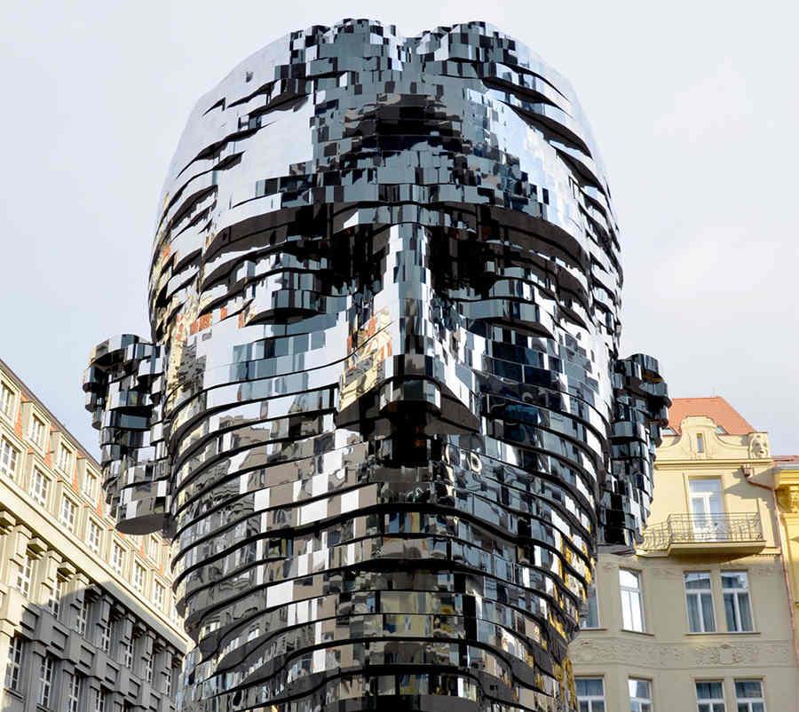 escultura con movimiento