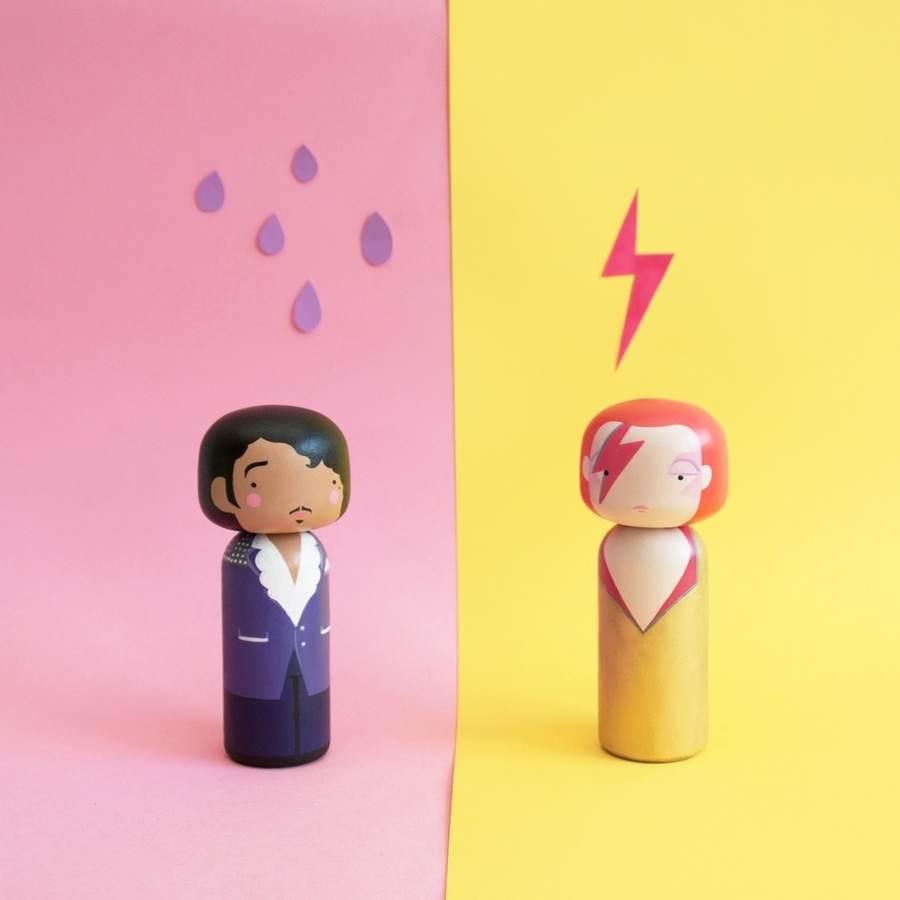 muñecos kokeshi