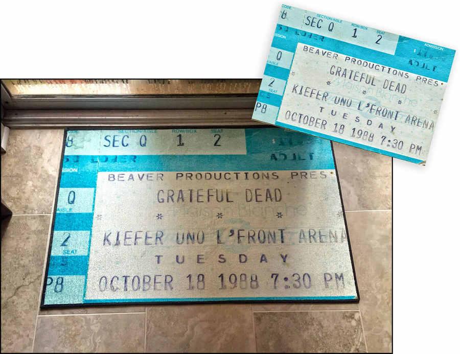 tapete personalizado con boletos de conciertos