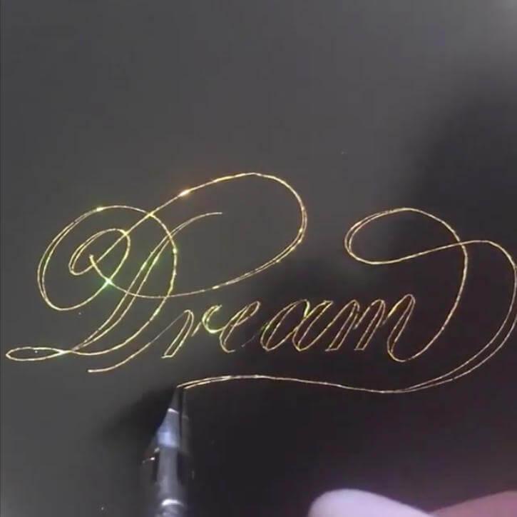 caligrafía mágica