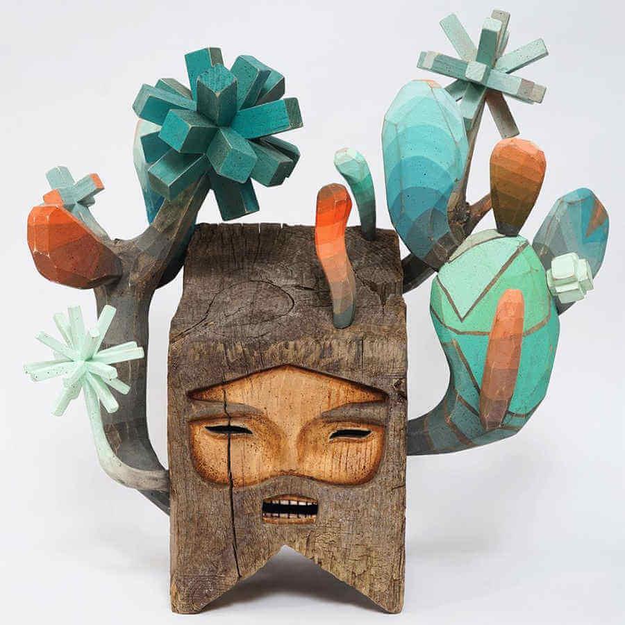 esculturas de madera y clavos