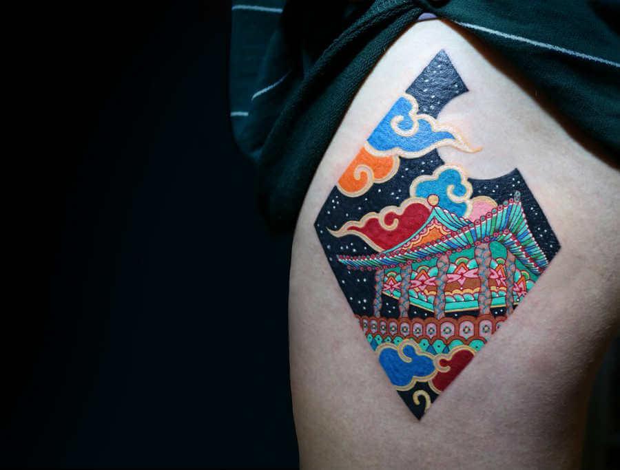 tatuajes pequeños con mucho color