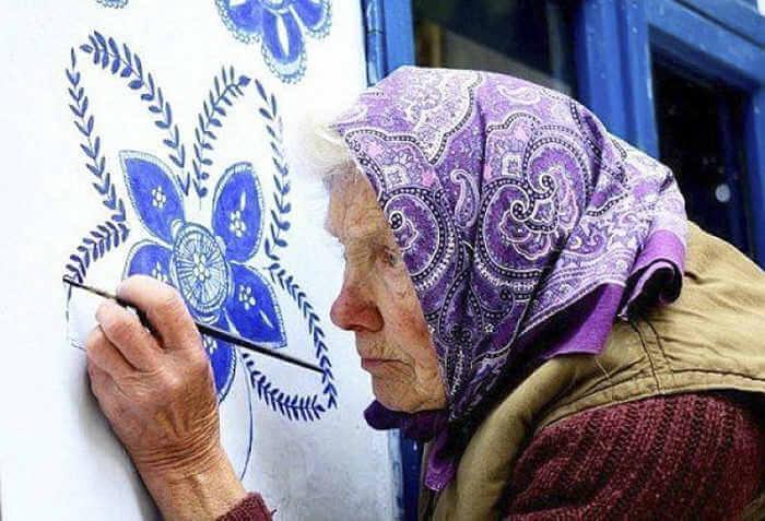 abuela artista de 90 años