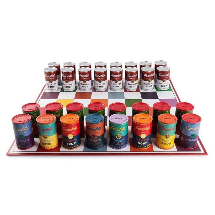 ajedrez latas de sopa Campbells