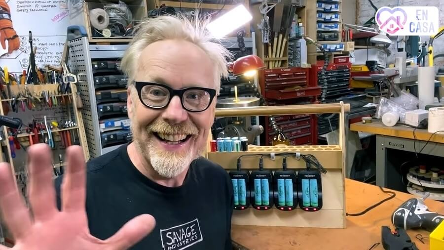 Adam Savage en YouTube