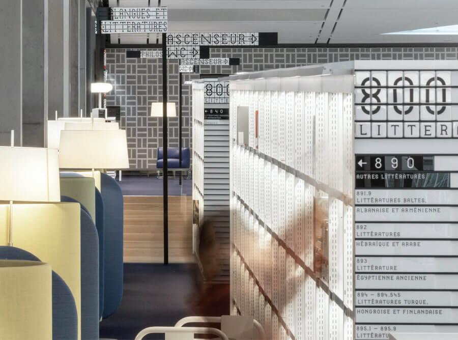señalética de una biblioteca