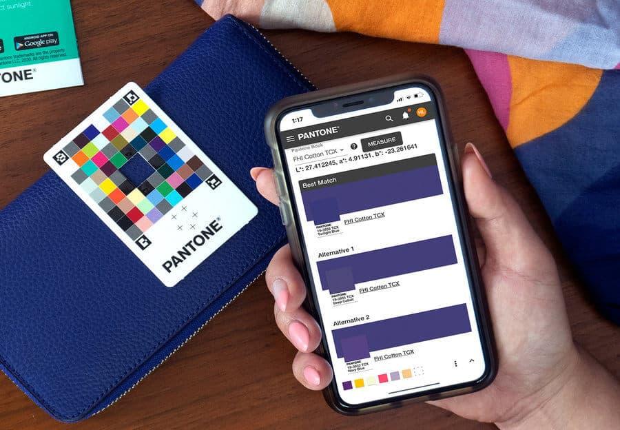 colores pantone con app