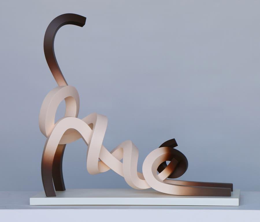 Esculturas minimalistas modernas